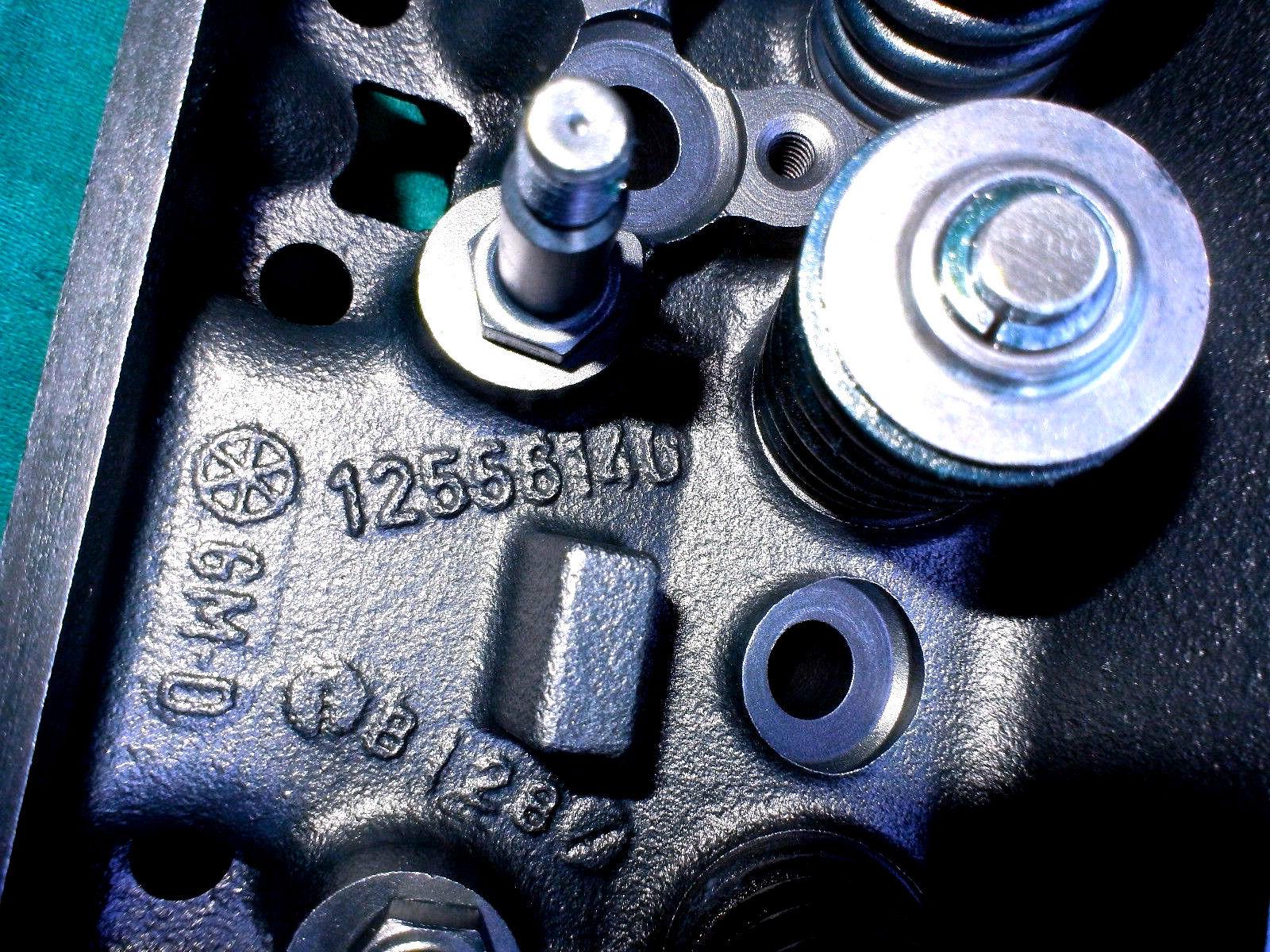 772 CYLINDER HEADS V-6 VORTEC MARINE HEADS PAIR 4.3 GM CHEVY 140